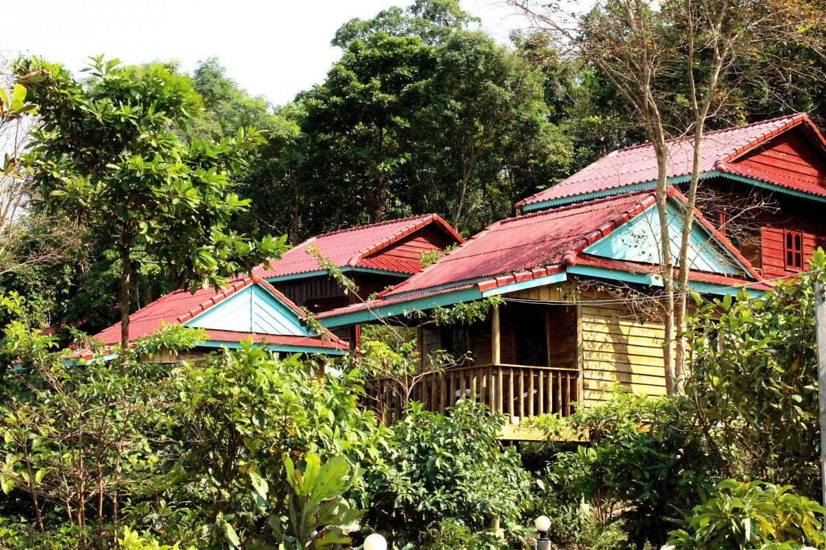 Coconut Beach Bungalows - Koh Rong