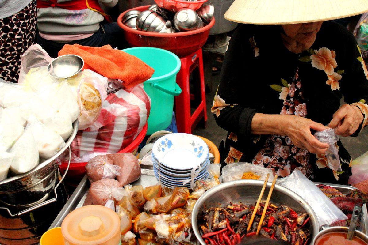 Mercato Chợ Cồn