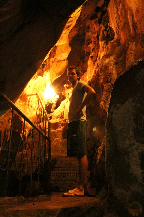 Cave in Hoa mountain
