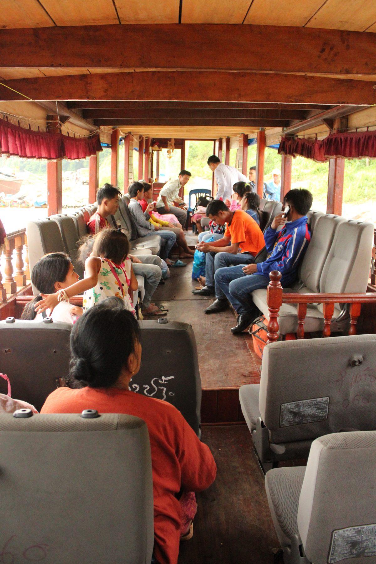 boat on mekong luang prabang chiang rai