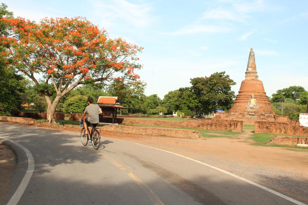 Cycling through the temples
