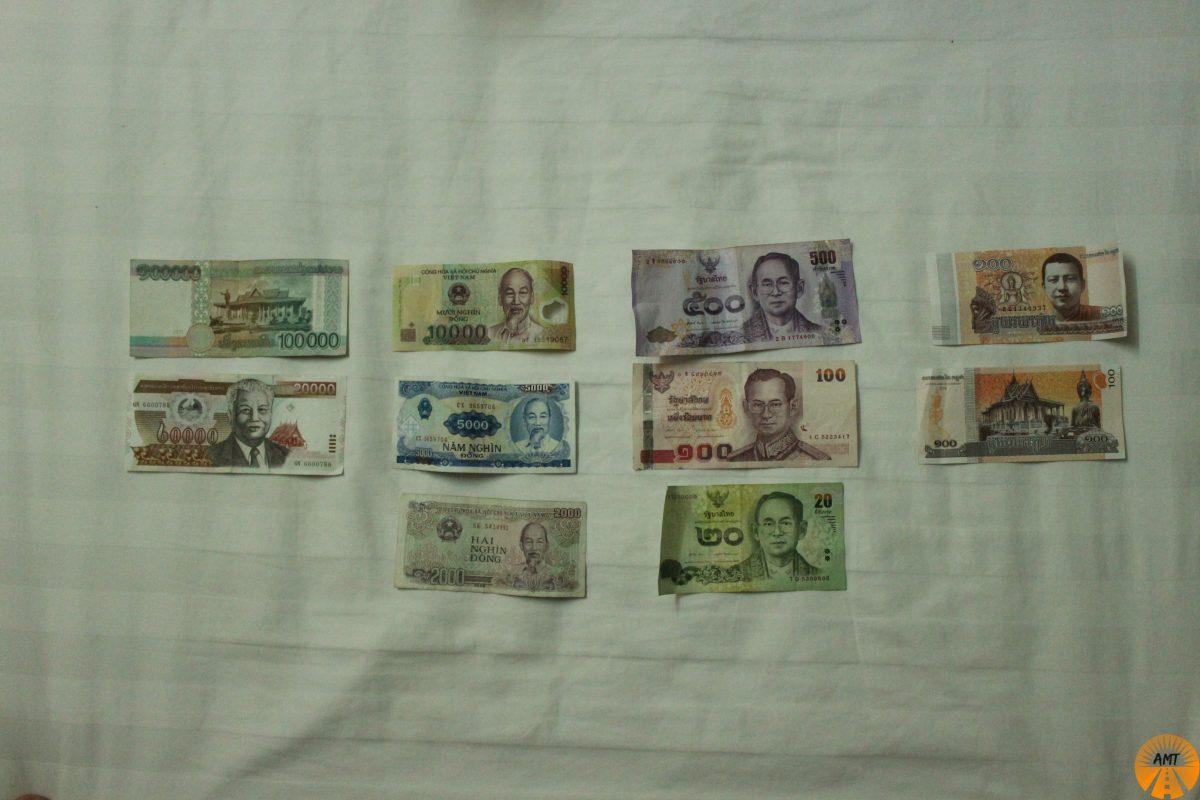where to change money southeast asia laos vietnam thailand cambodia