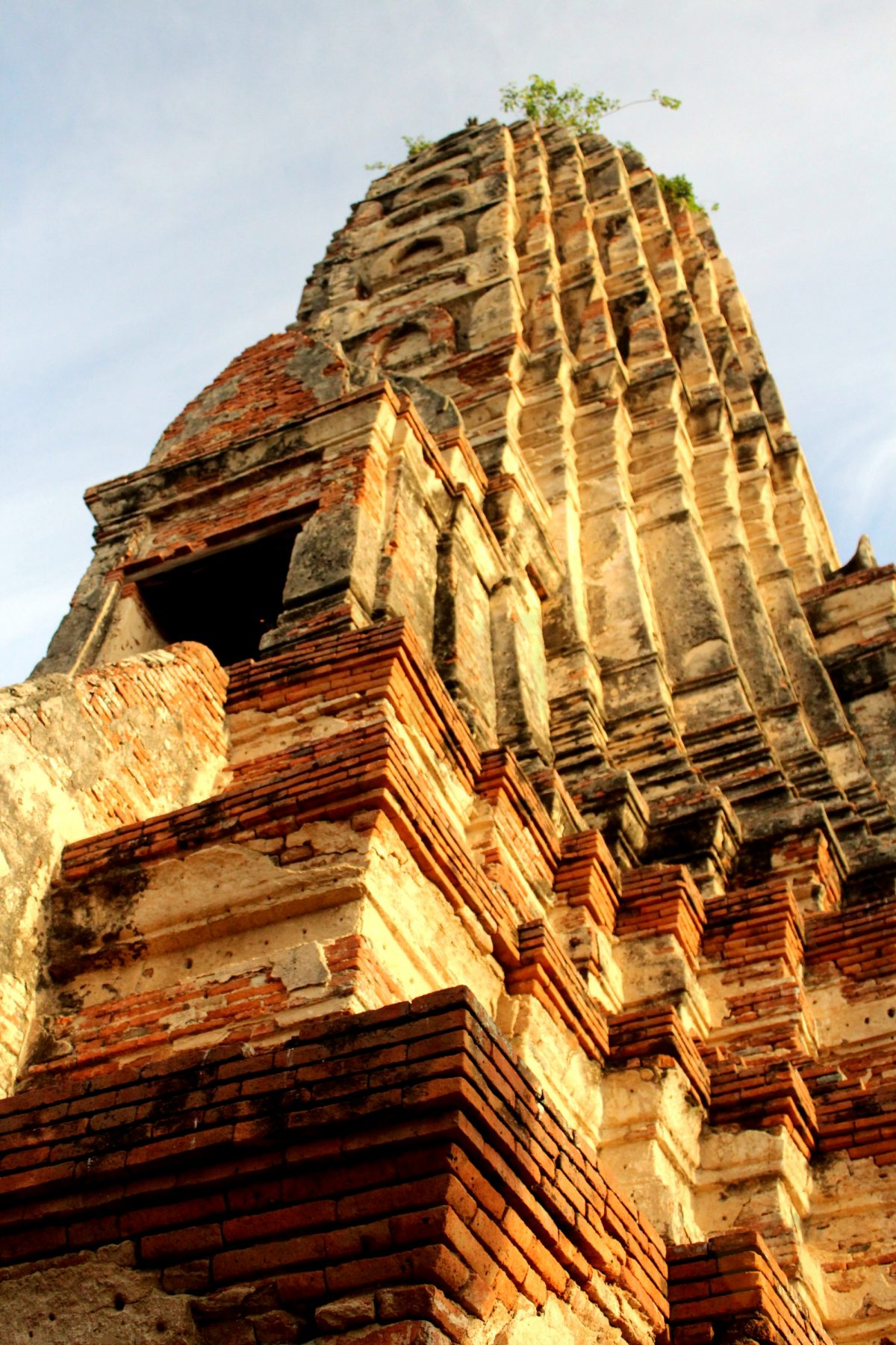 Breathtaking beauty of Wat Chai Watthanaram