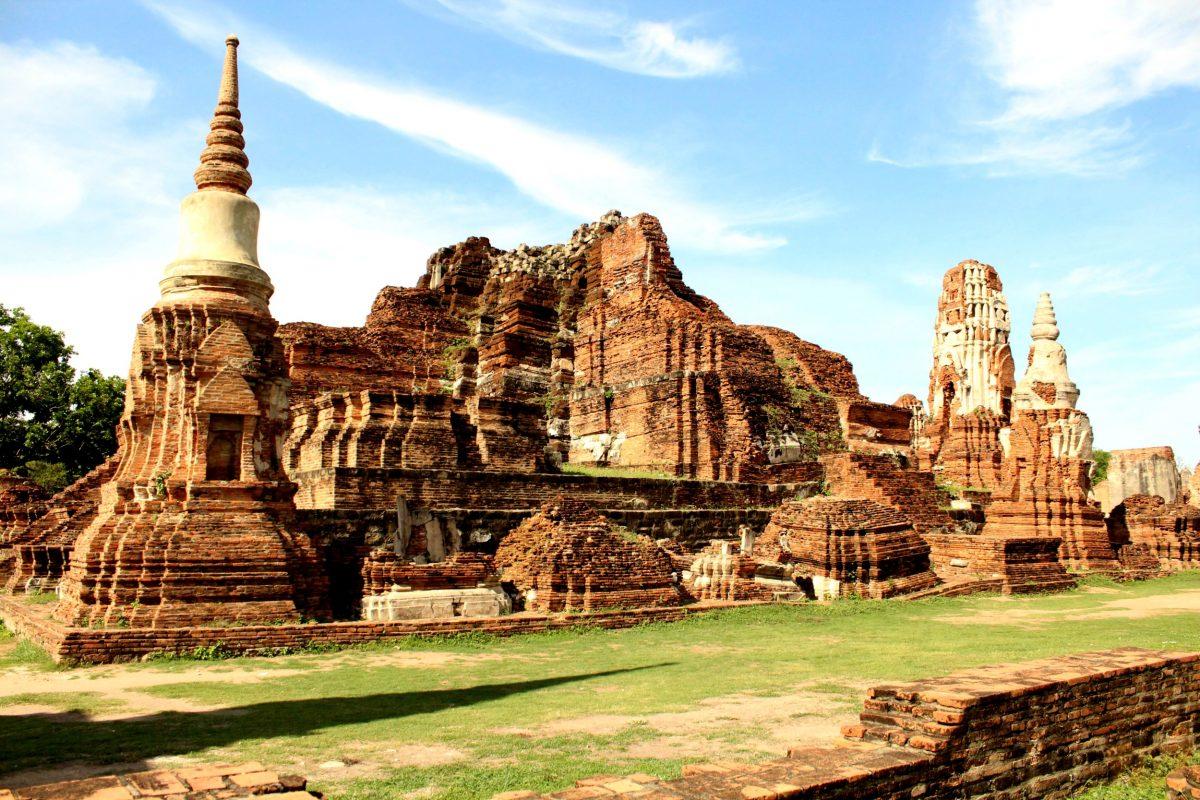 Majestic Wat Phra Mahathat