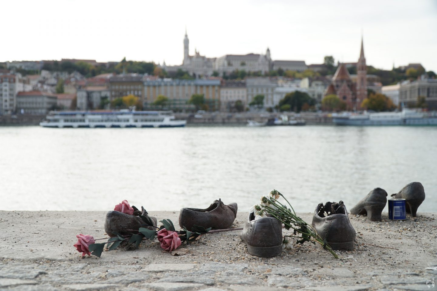 where is shoes danube bank memorial