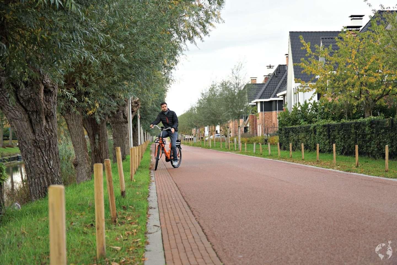 cycking in the Netherlands bike rental