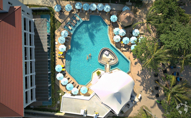 beachfront pool hotel krabi