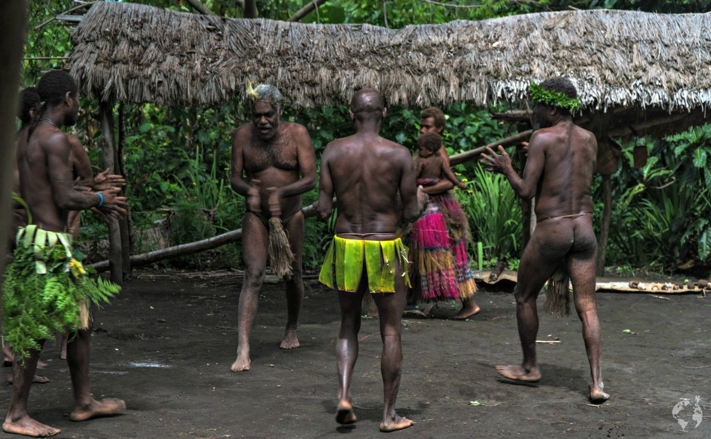 tribu lowinio isole vanuatu